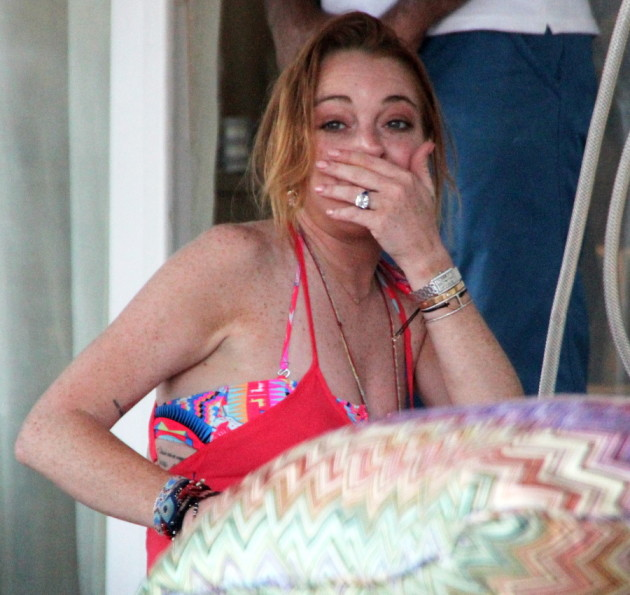Lindsay Lohan Engagement Ring Photo
