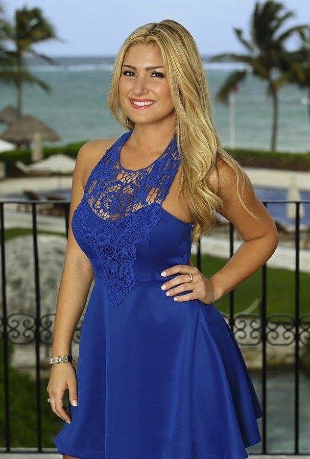 Elise Mosca on Bachelor in Paradise