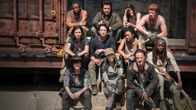 The walking dead season 5 cast photos keep on surviving the