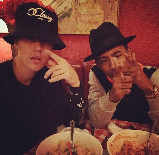 Justin Bieber With Lil Twist - The Hollywood Gossip