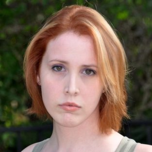 Dylan Farrow Photo