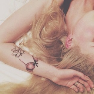 Ireland Baldwin Tattoo Selfie