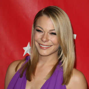 LeAnn Rimes Red Carpet Pic
