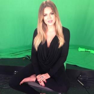 Khloe Kardashian Green Screen Pic
