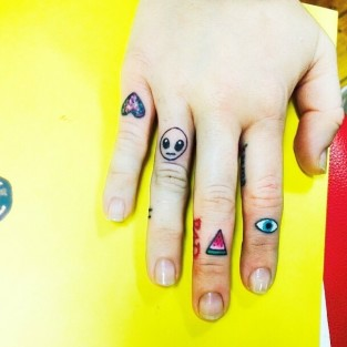 Miley Cyrus New Tattoos Photo