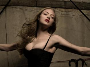 Hot Amanda Seyfried