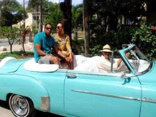 Beyonce, Jay-Z in Cuba Photo
