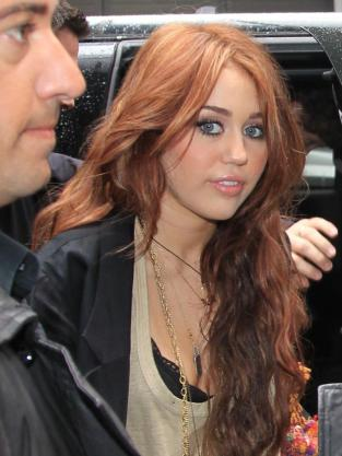 ginger alert miley cyrus dyes her hair the hollywood