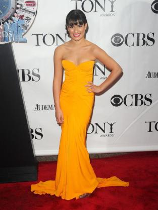 Lea in Yellow