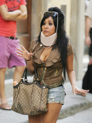 Snooki in a Neck Brace