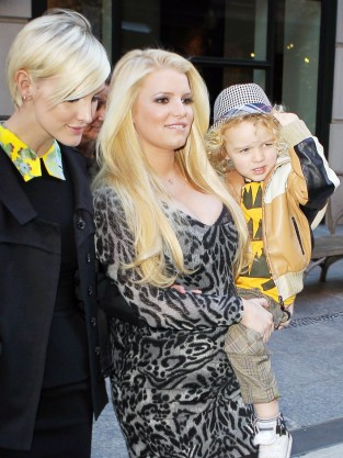 Jessica, Ashlee and Bronx