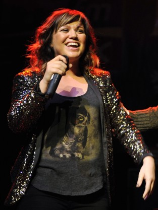 Kelly Clarkson Live