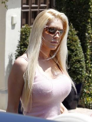 Heidi Montag, Breasts