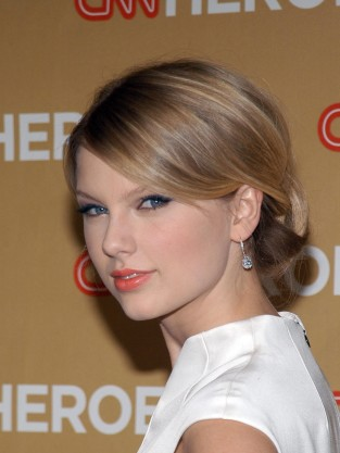 Taylor Swift With Hair Up