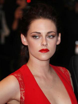 Kristen Stewart in Red