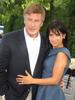 Hilaria Thomas and Alec Baldwin Pic