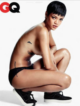 Topless Rihanna Photo