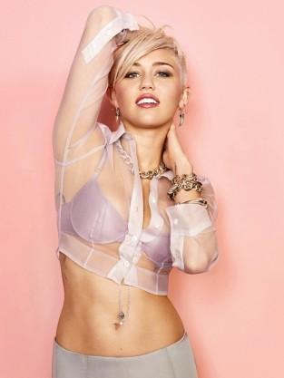 Miley Cyrus Bra Pic
