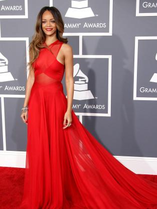 Rihanna at 2013 Grammys