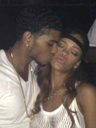 Rihanna Fan Kiss Photo