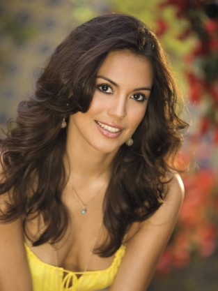Raquel Pomplun Photo