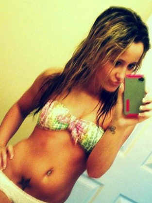 Jenelle Evans Bikini iPhone Pic