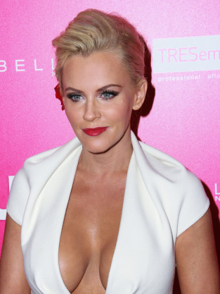 Jenny McCarthy Cleavage