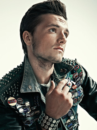 Josh Hutcherson Out Photo