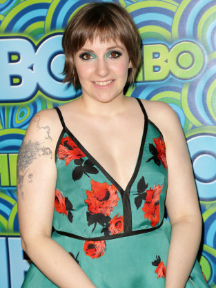 Lena Dunham Red Carpet Picture