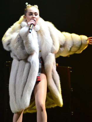 Miley Cyrus in Fur