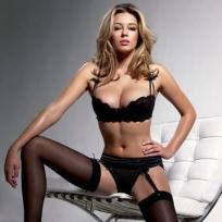 Keeley Hazell Photograph