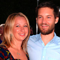 Tobey maguire jennifer meyer maguire