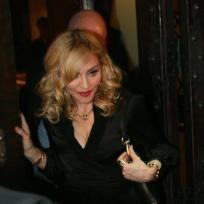 Madonna-eating-out