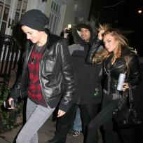 Lindsay-lohan-and-samantha-ronson-get-quiet
