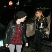 Lindsay-lohan-and-samantha-ronson-at-beatrice-inn