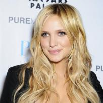 Which Ashlee Simpson Hairstyle is Best?