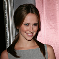 Jennifer Love Hewitt Image