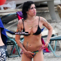 Amy Winehouse Nipple Slip