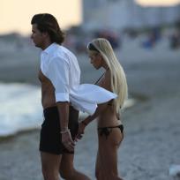 Romain Chavent, Shauna Sand