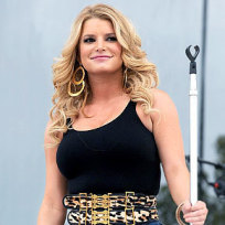 Jessica simpson full figured