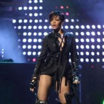 Rock On, Rihanna!