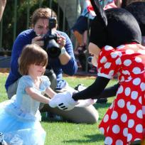 Suri-cruise-and-minnie-mouse