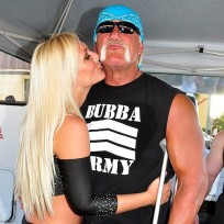Brooke-and-hulk-hogan-photo