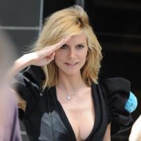 Sexy-salute