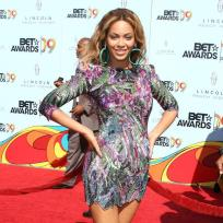 Beyonce-at-bet-awards