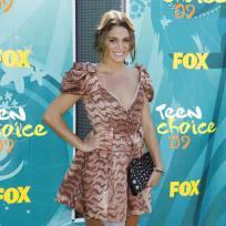 Who looked better at the Teen Choice Awards: Nikki Reed or Ashley Greene?