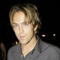 Would you date Larry Birkhead?