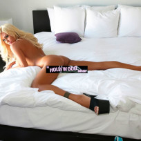 Shauna Sand Naked