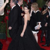 Who looked better at the Golden Globes: Lea Michele or Olivia Wilde?