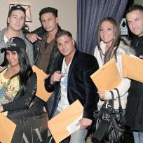 Jersey-shore-cast-in-the-house